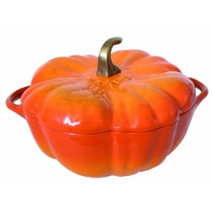staub cocotte pumpkin shaped